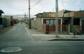 A home in Arica, Chile, near the original dump site.